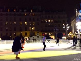 Pingouins de Madagascar patinoire de Paris10