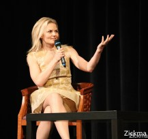 Once upon a time convention AVP102