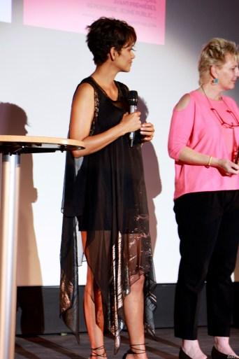 Halle Berry30