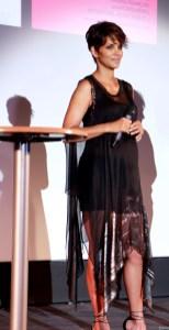 Halle Berry33