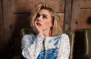 Billie Piper (2)