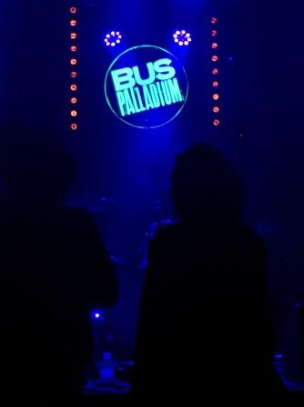 on-a-vu-wild-times-en-live-02