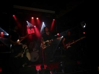 on-a-vu-wild-times-en-live-04
