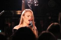 freya-ridings-live-pop-up-du-label10