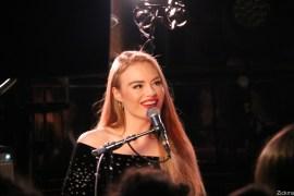freya-ridings-live-pop-up-du-label12