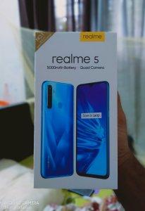 Realme 5 photo