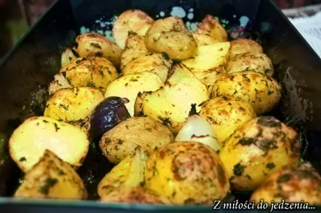 Jak upiec ziemniaki w piekarniku - przepis