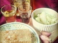 Najlepsze, domowe sposoby na przeziębienie - syrop z cebuli, syrop z buraka, czosnek, nalewka bursztynowa