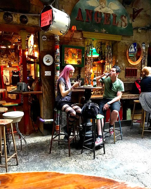 Szimpla Kert Budapeszt - ruin pub