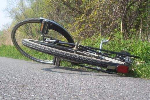 bicycle-accident-hit
