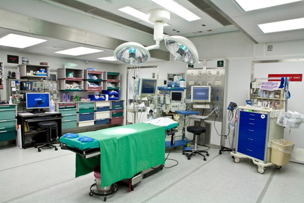 inside-of-mobile-operating-room1