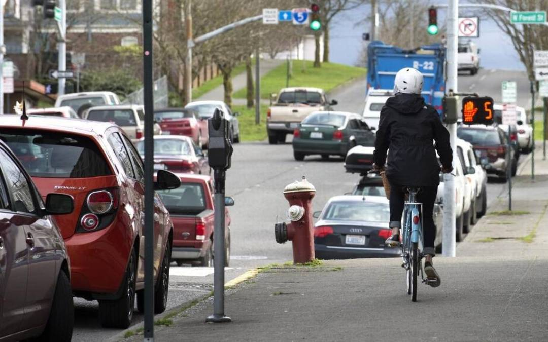 Bicycle Sidewalk 2 - Friendly and Informative Dialogue Explores NY Traffic Laws For Motorists And Bicyclists