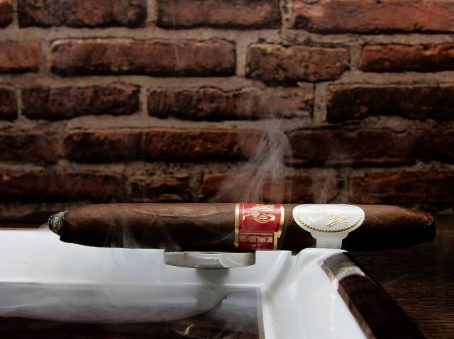 Davidoff Year Of The Rooster 02