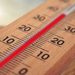 Het lijkt wel of het dekbed warmte afgeeft i.p.v. verkoelt. Hoe kan dat?