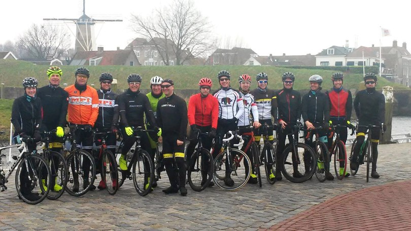 Groep wielrenners Hans Classic