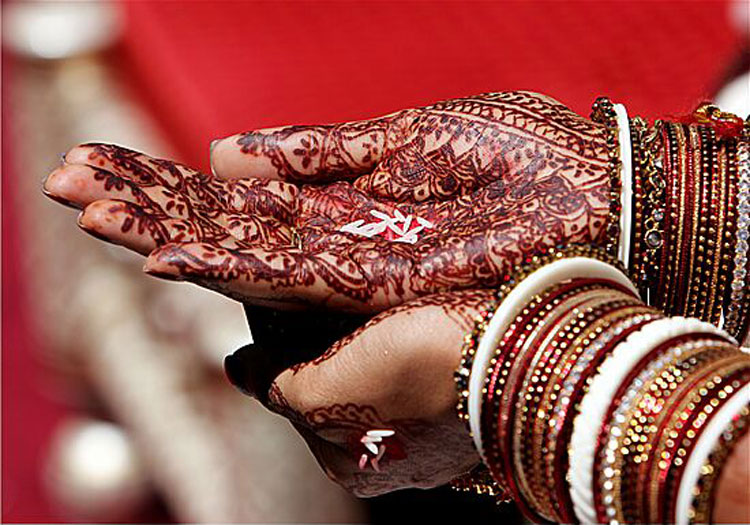 Henna Designs and Indian Wedding Traditions