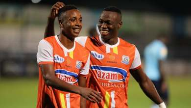Photo of 'Injured' Prince Dube scores brace for Tanzanian club