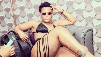 Photo of Zodwa Wabantu late for event while being intimate with bae