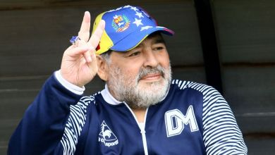 Photo of Football legend Diego Maradona dies aged 60 after suffering heart attack