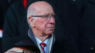 Photo of England legend Sir Bobby Charlton diagnosed with dementia