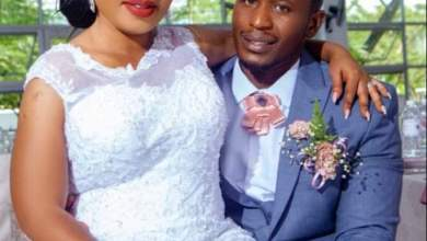 Photo of Man kills self after finding wife in bed with another man