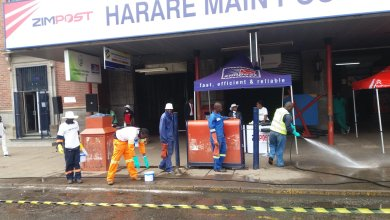 Photo of Zimpost workers protest over 'peanuts' US$30 monthly salary | VIDEO