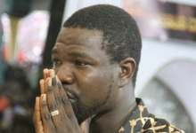 Photo of Walter Magaya mourns TB Joshua: 'Who will father me now?'