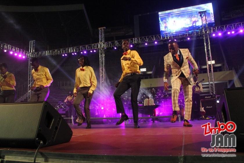 Zimpraise dancing PIC: T. CHIHAMBAKWE | ZIMBOJAM.COM