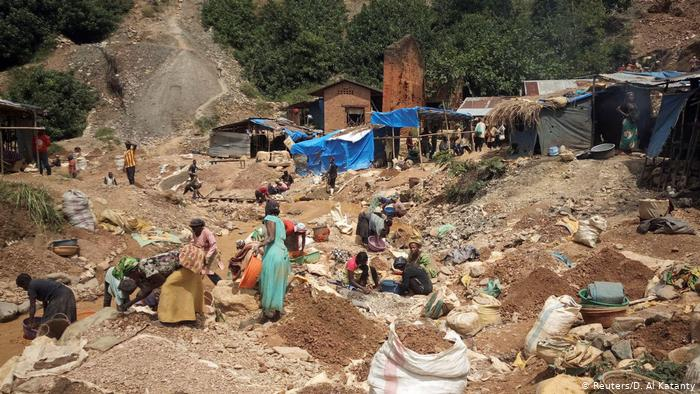 At least 50 killed after gold mine collapsed