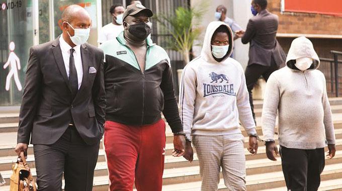 Fantan, Levels, Dammar out on bail