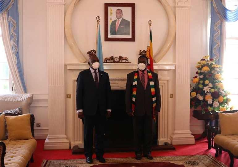 Botswana's President Masisi meets President Mnangagwa