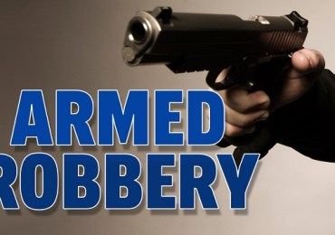 Man sets armed thugs on mum & sister