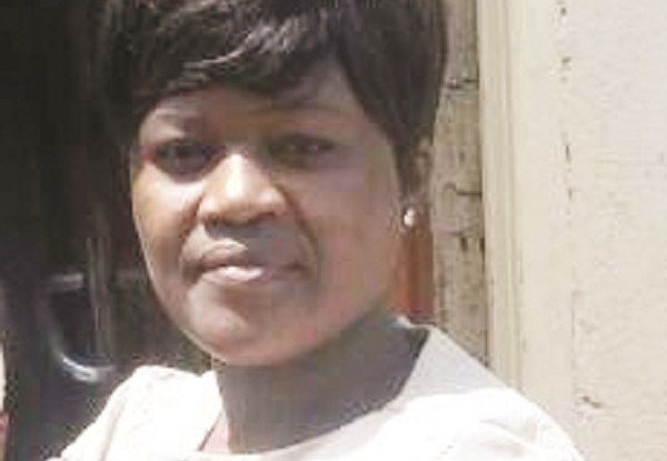 Woman steals dead neighbour's phone at funeral