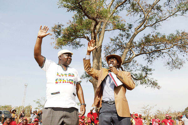 MUDZURI JUMPS ONTO TEAM CHAMISA, KHUPE LEFT IN THE COLD