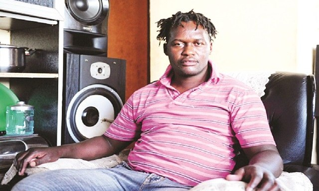 MKANDAWIRE FALLS ON HARD TIMES, GOES BACK TO THE STREETS