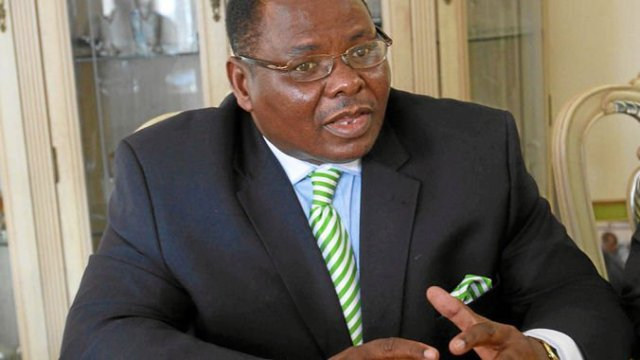 EX MINISTER TO LOSE DELUXE HARARE HOME OVER $366 000 DEBT