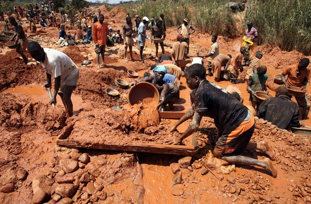 16 Year Old Girl Engages In Gold Panning For School Fees