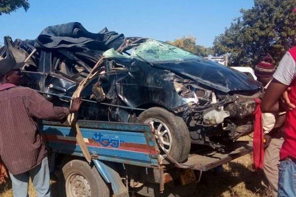 Passenger in mushika shika Honda Fit boot killed in crash