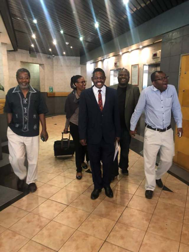 ZANU PF Lawyers Stranded After Arriving At Court On The Wrong Day- A Public Holiday
