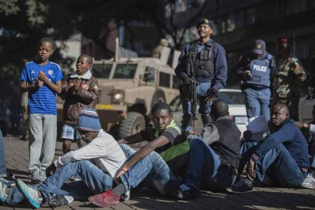 2 865 Zimbabweans arrested in South Africa