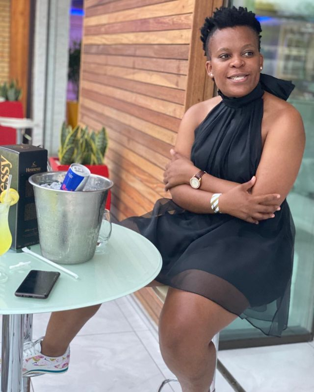 Zodwa Wabantu's fans question her realness after posting her skin lightening recipe