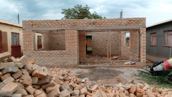 Govt rolls out 200 000 affordable houses