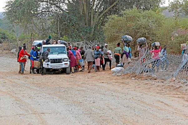 SA-Zim Beitbridge border fence exposes 14 govt officials' incompetence