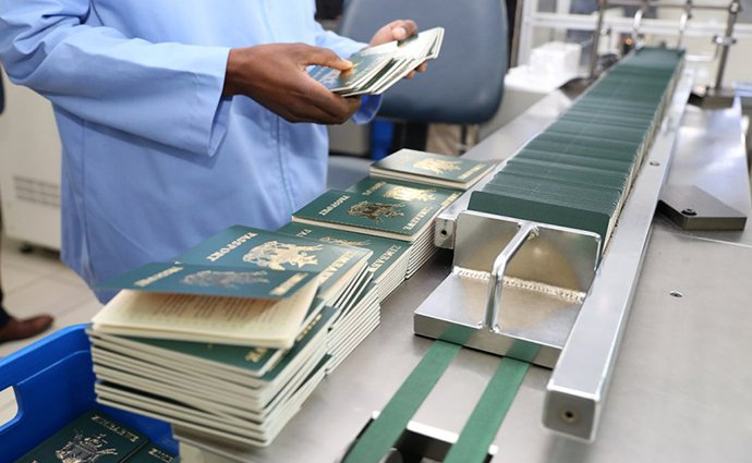 Zim only printing 750 passports a day from 340 000 backlog