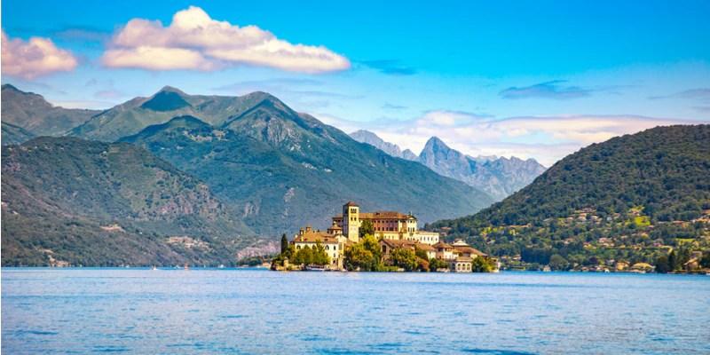 Cosa vedere Isola di San Giulio Lago dOrta  Foto  Idee di viaggio  Zingaratecom