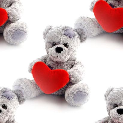 https://i0.wp.com/www.zingerbugimages.com/backgrounds/teddy_bear_holding_heart.jpg