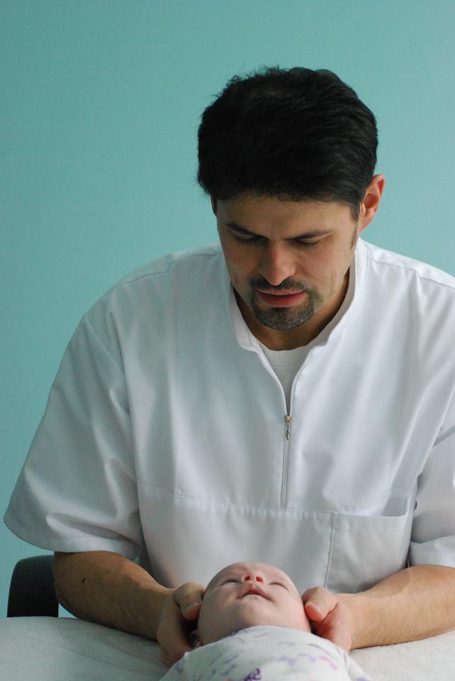 Osteopatija Osteopato rankos išvaduoja nuo skausmo