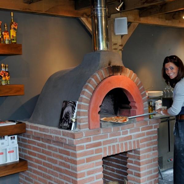 Forno a legna domestico Vesuvio per pizza  Zio Ciro Forni