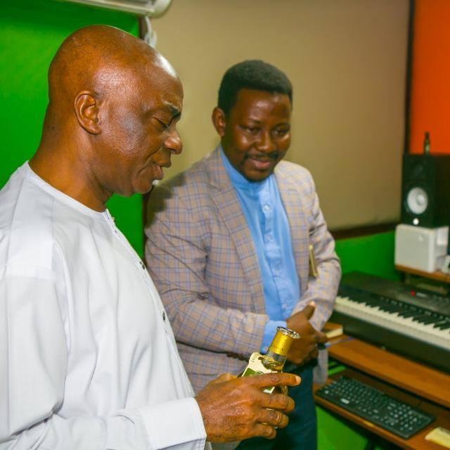 Bishop David Oyedepo dedicates studio for his member (Tolu-Bolaji Dan)