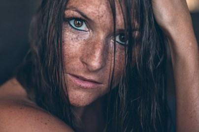Carina Sommersprossen nasse Haare Shooting 1
